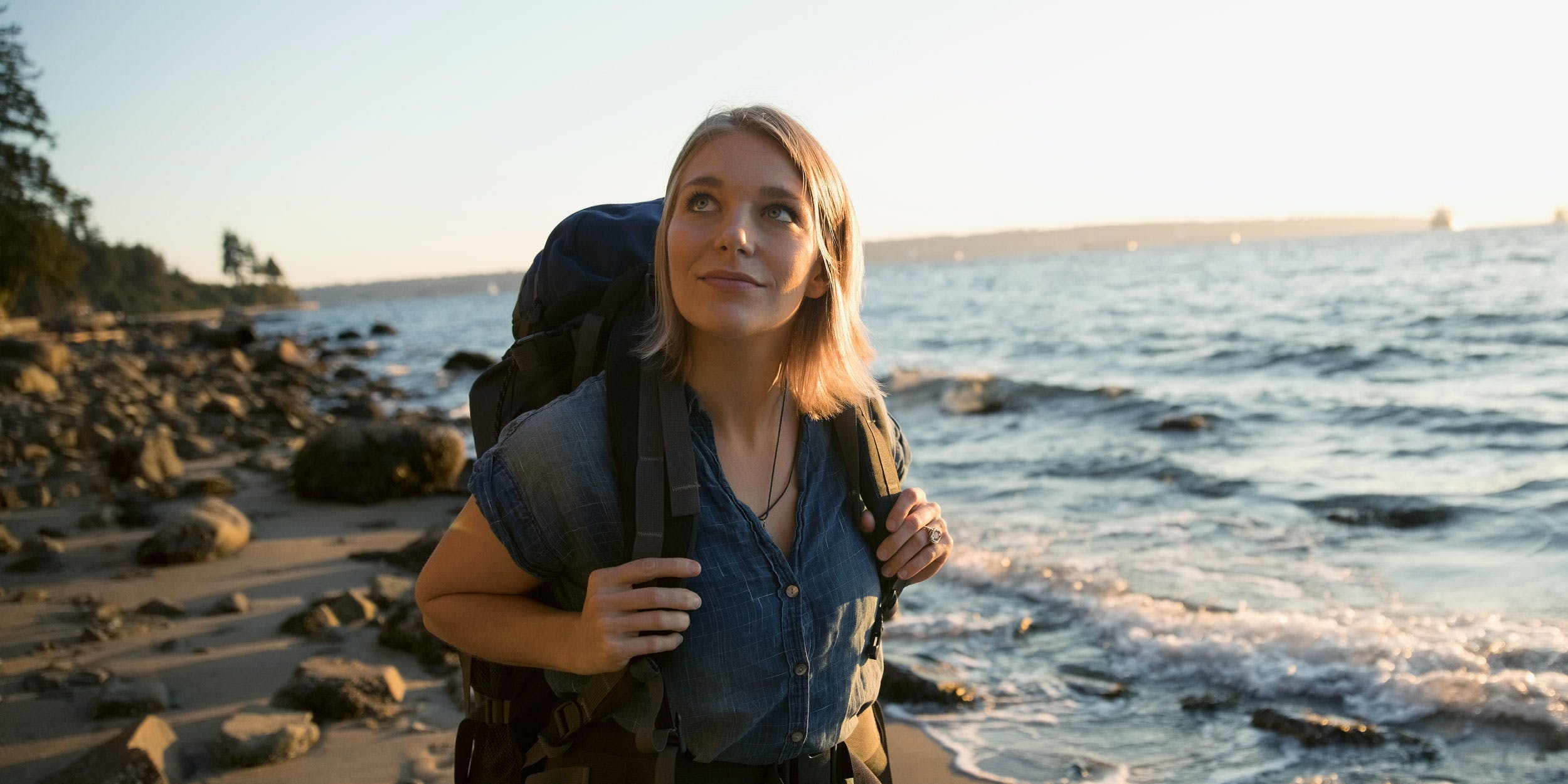 A young woman uses CBD for anxiety to help her get outdoors and enjoy her life to the fullest