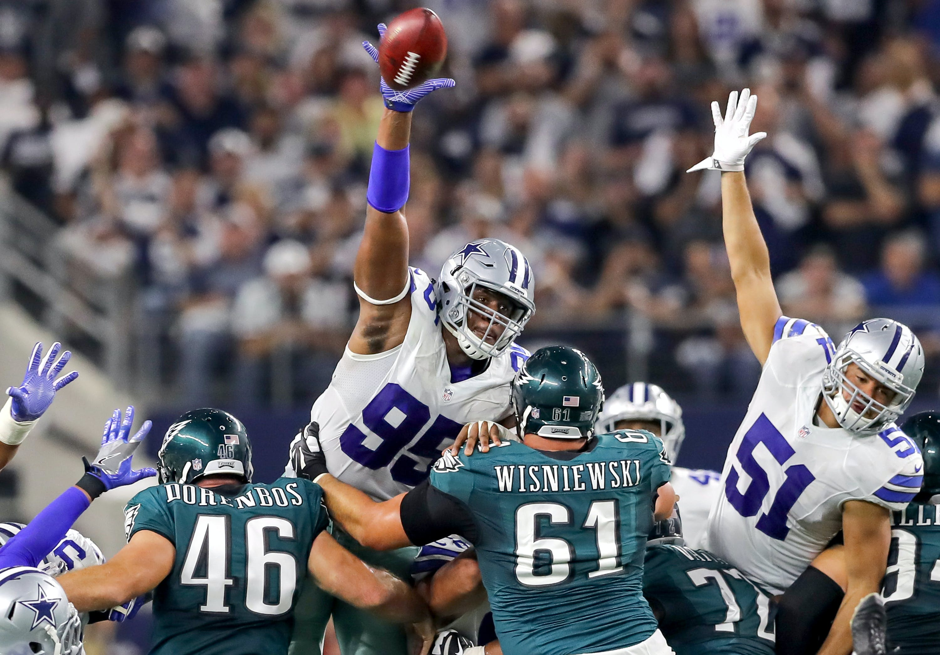 Every game you seen me play in I was medicated says Cowboys David Irving 0 Microdosing Psychedelics Decreases Anxiety, Increases Creativity