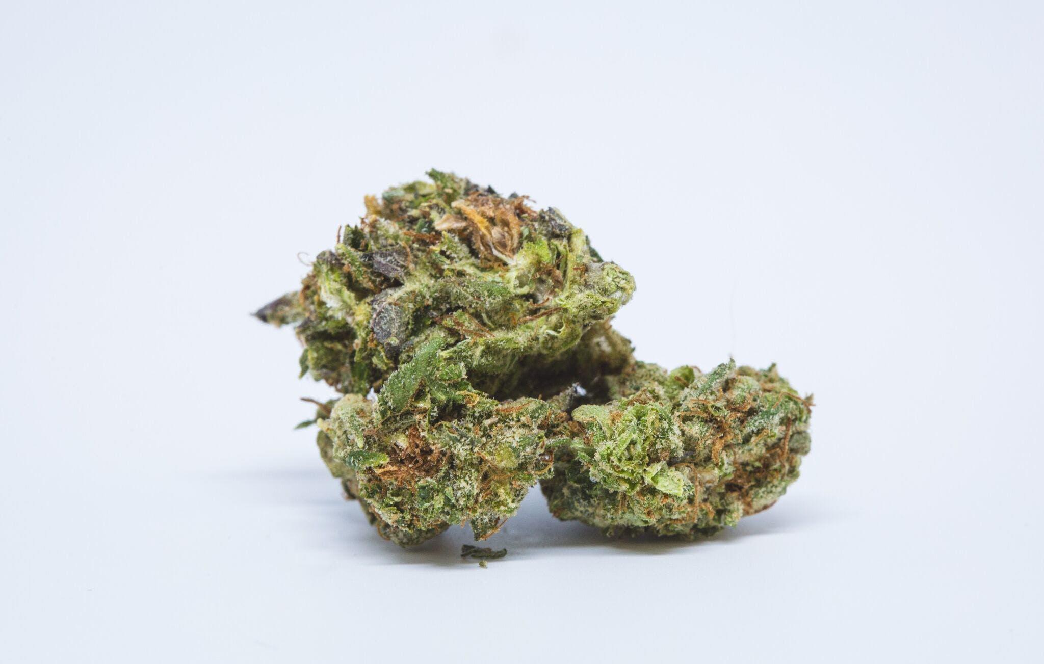 Big Blue Weed; Big Blue Cannabis Strain; Big Blue Hybrid Marijuana Strain
