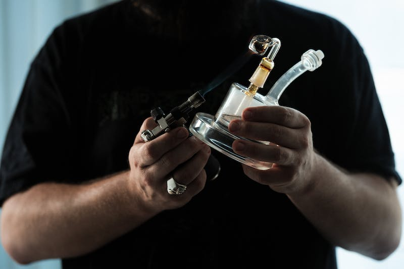 How To Dab Cannabis Concentrates 3 of 8 What is Dabbing, and How To Dab Cannabis Concentrates