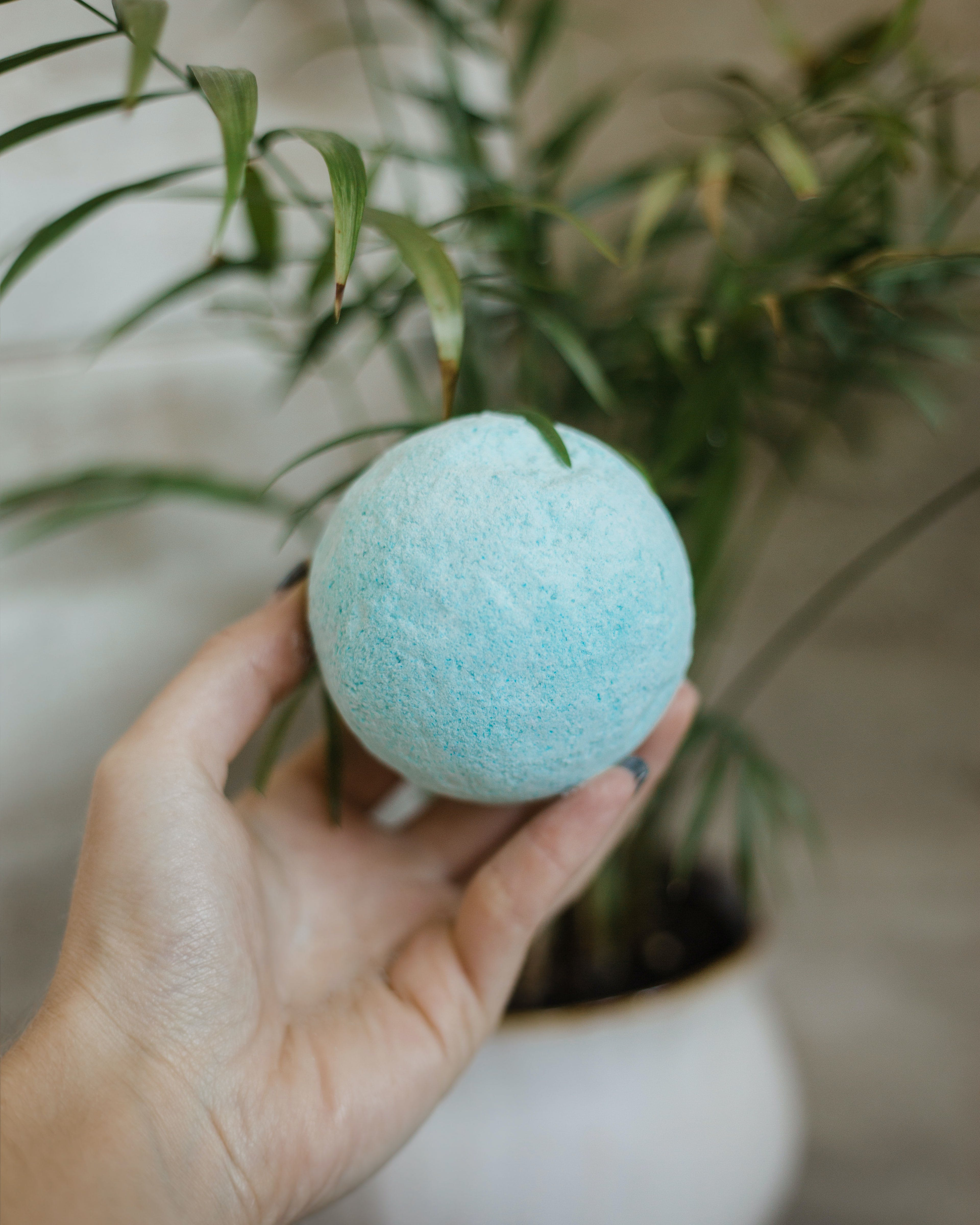Add More Than Just Bubbles To The Tub With The Best CBD Bath Bombs14 How to Get the Most Out Of Your Stash with the Best Weed Grinders