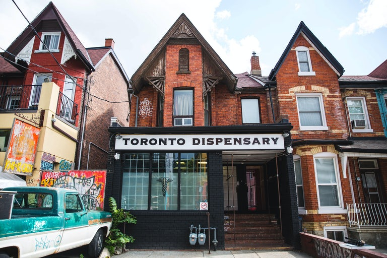 These are the Best Dispensaries in Toronto After Legalization | Herb