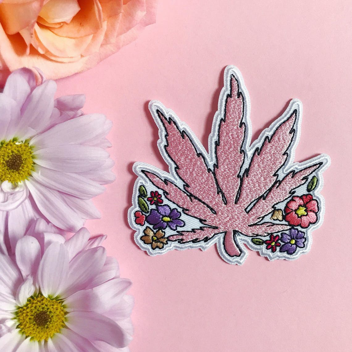 Weed Fashion That Says %E2%80%98I Love Cannabis But I%E2%80%99m Tasteful About It%E2%80%99 11 How to Get the Most Out Of Your Stash with the Best Weed Grinders