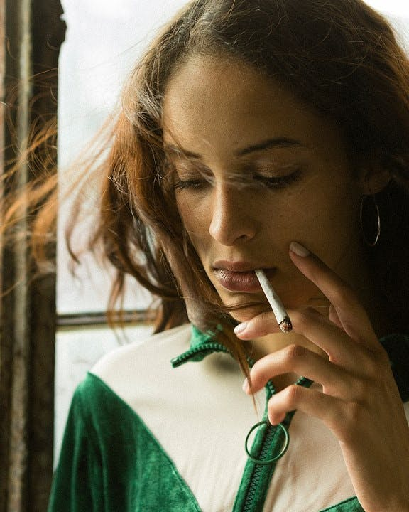 Does Smoking Make Your Period Lighter  Does Smoking Make Your Period Lighter?