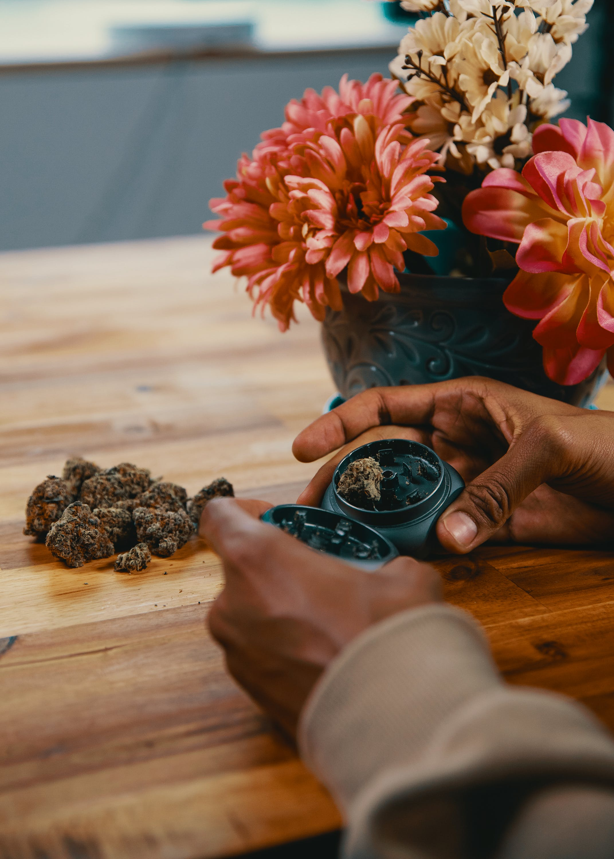 How To Get The Most Out Of Your Stash With The Best Weed Grinders 1 2 How to Get the Most Out Of Your Stash with the Best Weed Grinders