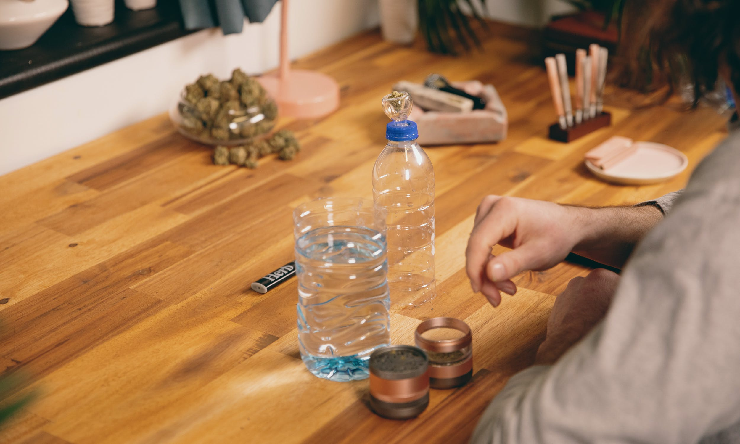 How to Make a Gravity Bong 26 How to Make a Gravity Bong That Will Rip