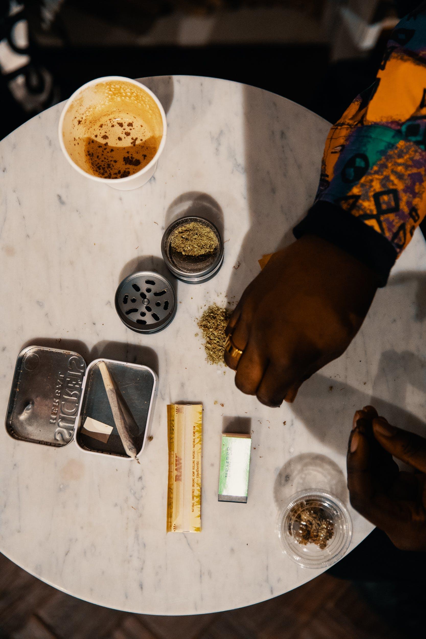 How to Roll a Hash Joint 18 How To Roll A Hash Joint In 7 Simple Steps