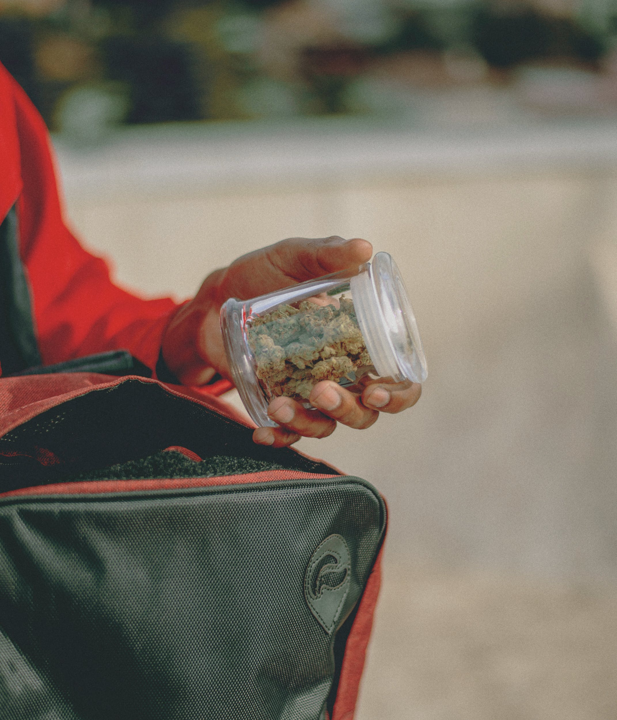 Best Rolling Trays 25 These Are Best Stash Bags to Keep Your Bud Safe